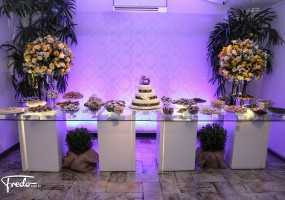 Casamento mesa de bolo